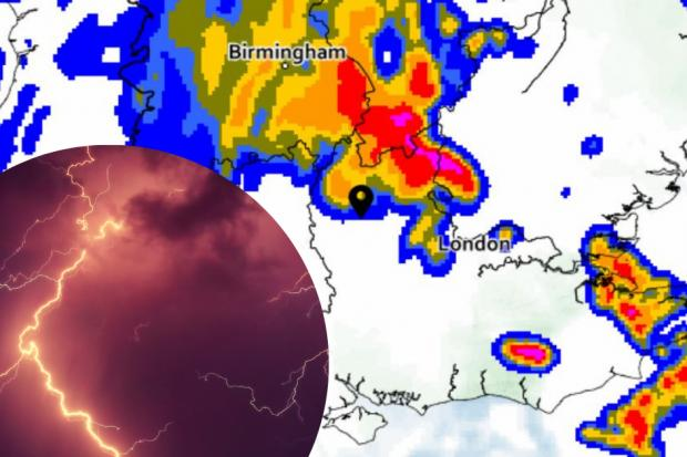 'TORRENTIAL' - when to expect thunderstorms in Oxford today