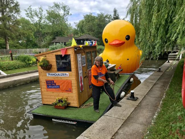 A giant inflatable duck has been floating around Oxfordshire's waterways to raise money for the RNLI. Picture: Ros Fernley