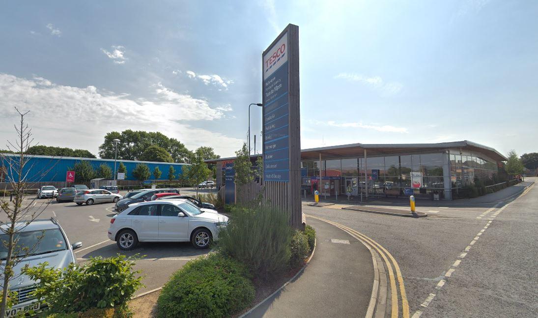 Fridges fail at Tesco in Faringdon during heatwave