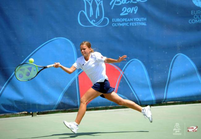 Matilda Mutadvzic in action at the Youth Olympics Picture: LTA