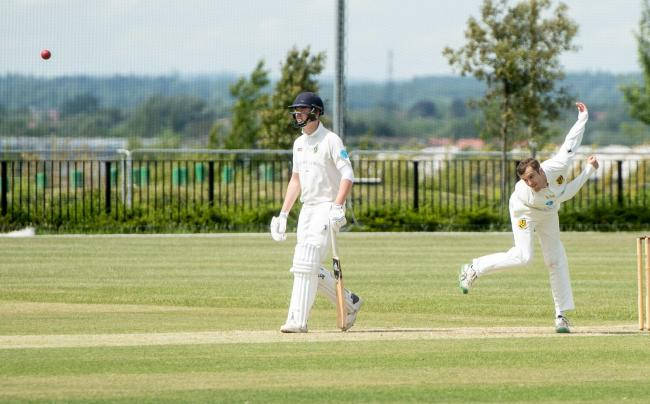Spinner Alex Davies took 5-43 as Cumnor beat previous leaders Didcot in Division 1
