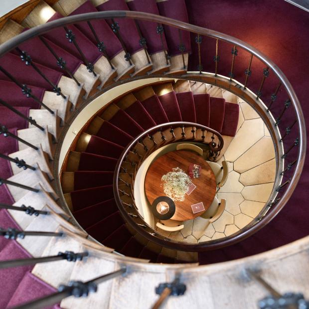 Oxford Mail: The elegant but creaking staircase