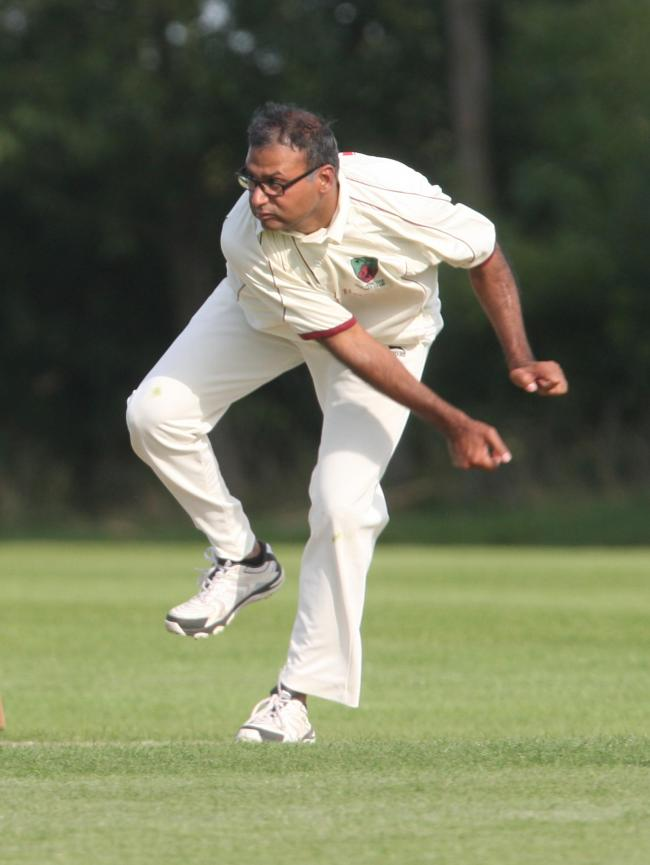 Barkat Ahmed's five-wicket haul proved in vain as Wolvercote suffered a 116-run defeat to Witney Swifts