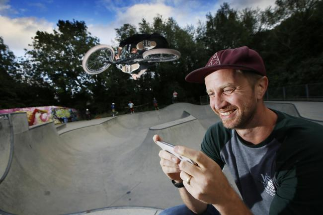 Adam Hunt at the Oxford Wheels Project with professional BMX rider Liam Eltham Picture: Ed Nix