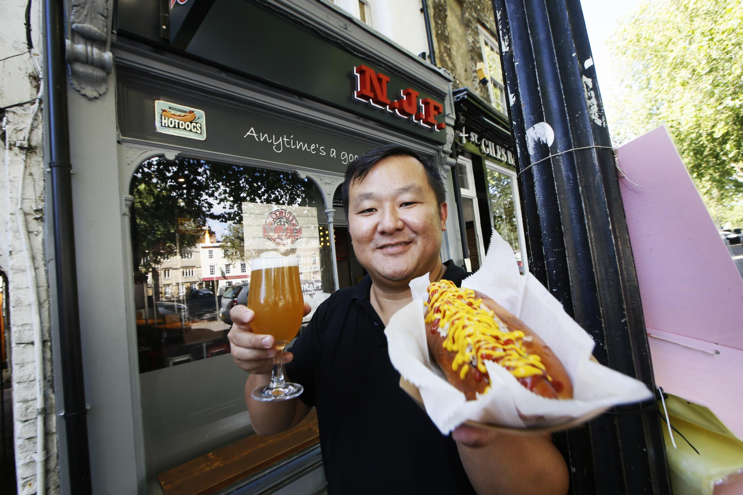 Former St Giles' Cafe in Oxford is now selling hotdogs