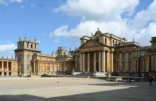Blenheim Palace closed after 'unforeseen incident'