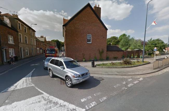 Ambulance driver admits causing crash that killed pedestrian in Abingdon