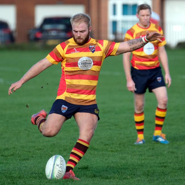 Dan Walker kicked 12 points as Bicester beat Didcot Picture: Ric Mellis