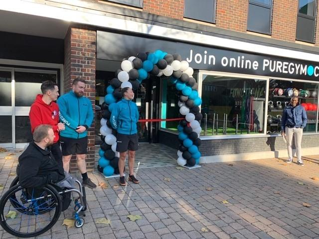 Pure Gym in Didcot opened its doors to the public on Monday and Andrew Baker cut the ribbon for the 24 hour gym.