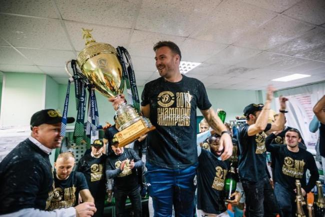 Peter Leven with the Belarussian Premier League trophy. Photo courtesy of Peter Leven