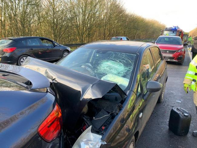 Five cars crash on A41 near Bicester. Pic from Oxfordshire Fire and Rescue service