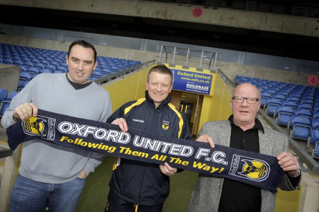 Chris Wilder, flanked by Kelvin Thomas and Jim Smith, when appointed Oxford United manager in 2008