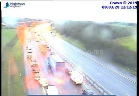 Traffic on the M40 southbound at 8.03am at Junction 10