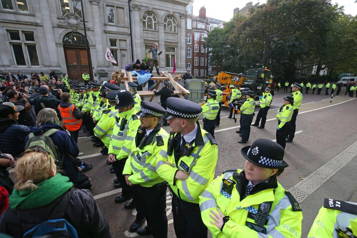 Layla Moran MP defends Extinction Rebellion actions