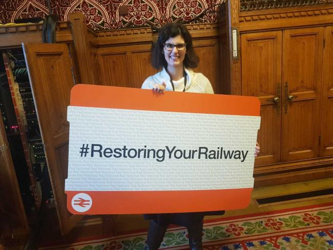 Layla Moran has met with government officials about restoring railway stations in Oxfordshire.