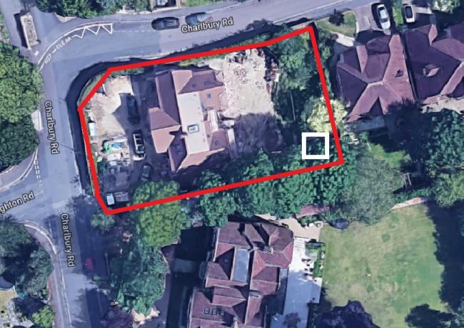 The house on Charlbury Road where planning permission for a gym at the bottom of the garden was turned down. Picture: Google Maps.