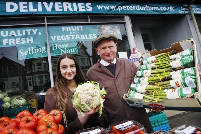 Greengrocer Peter Durham at his pop-up fruit and veg shop on Botley Road with daughter Emily. Picture: Ed Nix