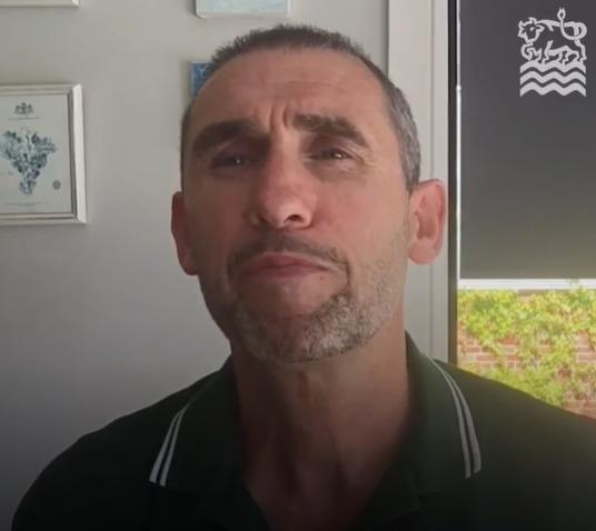 Martin Keown has promoted the work of Oxford City Council in a video on social media