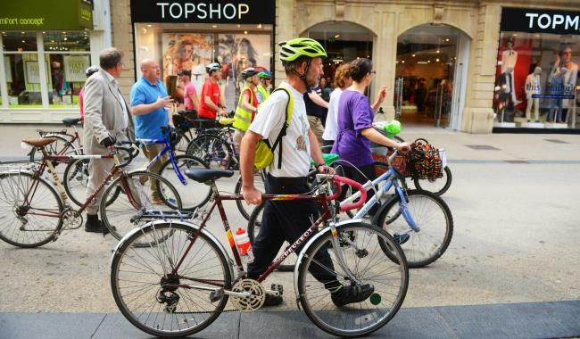 Cycling and public transport will be prioritised in the long term by a new transport plan for Oxfordshire. Picture: Richard Cave