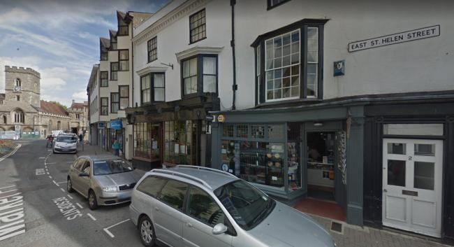 Man stole cigarettes and vaping equipment from newsagent