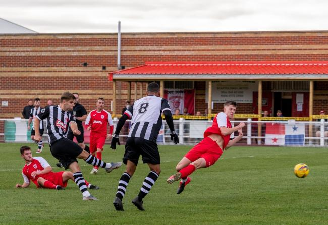 Thame United in action against Didcot Town earlier this season Picture: Simon Godfrey