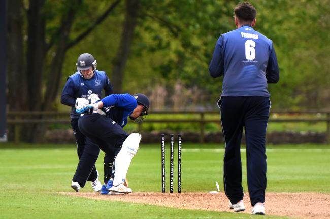 Oxfordshire in T20 action Picture: Richard Cave