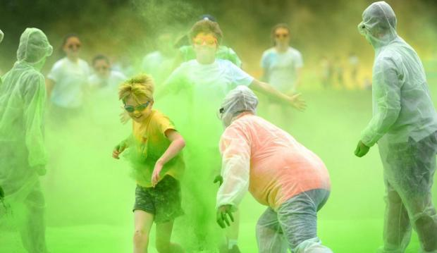 Oxford Mail: Youngsters join in the paint fun at the Colour Run