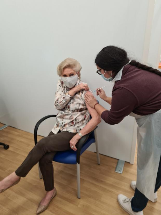 Oxford Mail: Angela Rippon receives the vaccine (PR handout/PA)