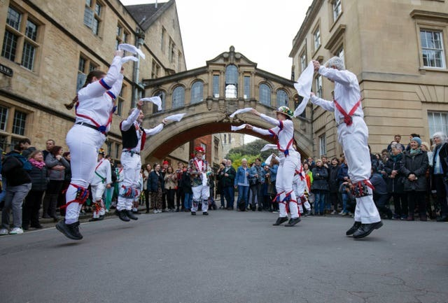 Morris dancing next to the Bridge of Sighs in Oxford for May Morning 2019