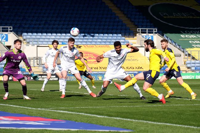 Oxford United goalscorer Elliot Lee goes close in the first half against Accrington Stanley Picture: Ric Mellis