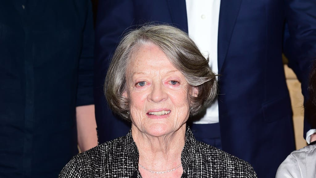 Maggie Smith tells how Julie Andrews rescued her after career in Oxford
