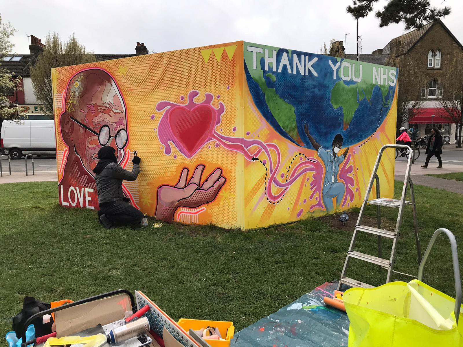 Mural celebrating key workers pops up in Oxford
