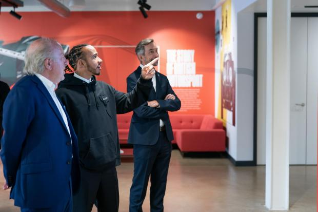 Oxford Mail: Lewis Hamilton discovers wall art at Motorsport UK's new headquarters in Bicester
