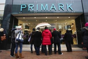 Oxford Mail: GOOD NEWS IN STORE: Shoppers at the new Primark shop in Commercial Road, Bournemouth