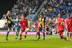 Oxford Utd 2, Lincoln City 1