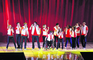 Comedy club boss sues TV's Glee