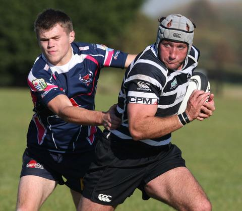 Oxford Mail: Sam Stoop scored one of Chinnor's tries