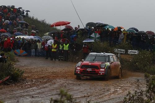Dani Sordo set fastest time on each of the day's three stages in Rally Portugal