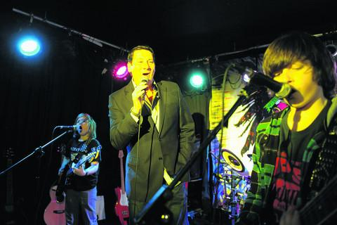 Spandau Ballet's Tony Hadley sings Gold with Twisted State of Mind. Alfie Beer is pictured left with Luke Ashby right. Drummer Damon Marshall is obscured. Picture: OX51103