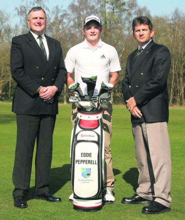 Eddie Pepperell (centre) with Frilford Heath's executive director Alistair Booth (left) and general manager Jimmy James