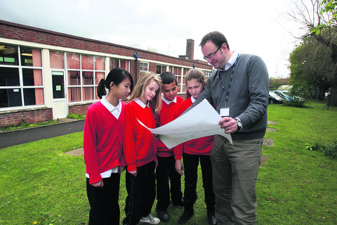 Cutteslowe headteacher Jon Graywith Year Six pupils, from left, Hayley Tse, Holly Downing, Zane Ladhani and Idil Mignon and plans