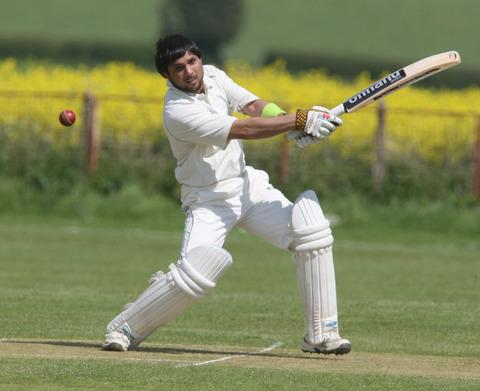 Oxford Mail: Qaiser Naveed hits out in Garsington's 120-run win over Minster Lovell