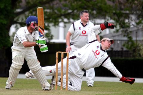 Ed Phillips will keep wicket for Banbury