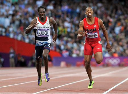 Newport's Christian Malcolm put in a strong bid to reach the Olympic 200m final, but failed to progress beyond the semis.
