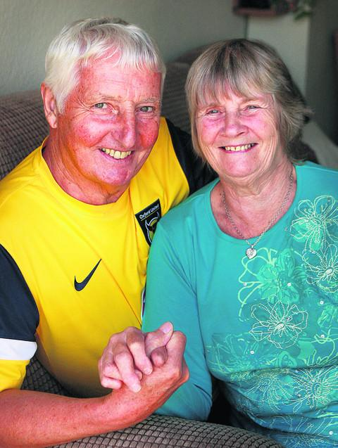 U's fan Ernie Smith and his wife Pat are today celebrating 50 years of marriage
