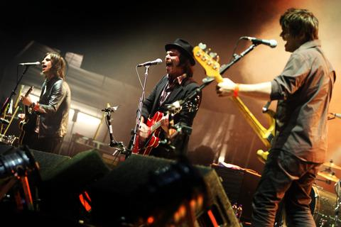 Supergrass at the Cropredy Festival in 2008