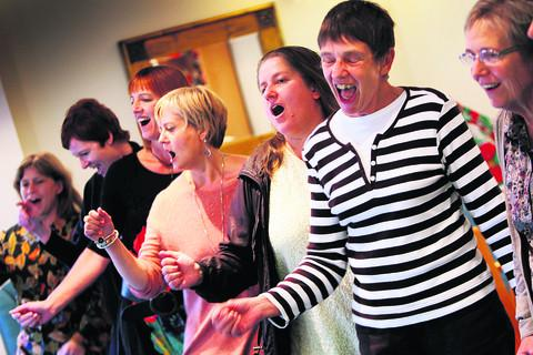 The show goes on for singing estate