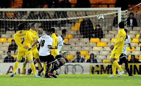 Sam Morsy fires home Port Vale's third goal during Monday's 3-0 win over Oxford