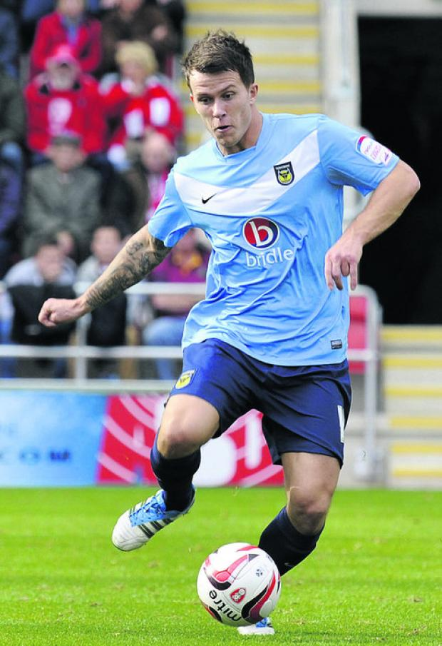 Oxford Mail: Lee Cox is keen to stay on with the U's for the whole season