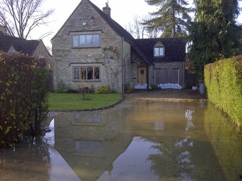 flooding pic nov 2012: Shipton home with sandbags